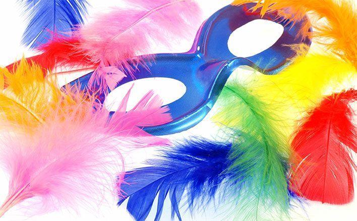 карнавальные аксессуары и маски